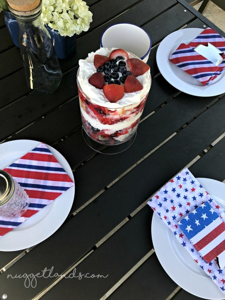 4th of july dessert place setting logo